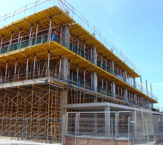 Proyectos de construcción y reforma de edificios industriales, terciarios y locales comerciales
